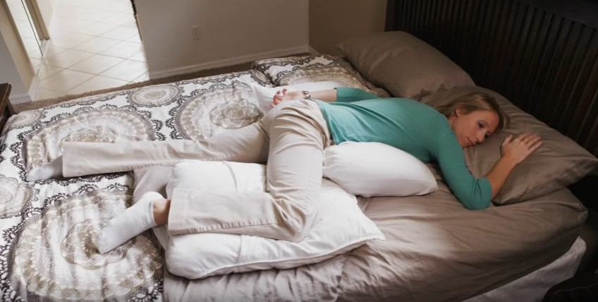 How to sleep well with stomach sleepers
